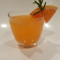 rosemary grapefruit fizz