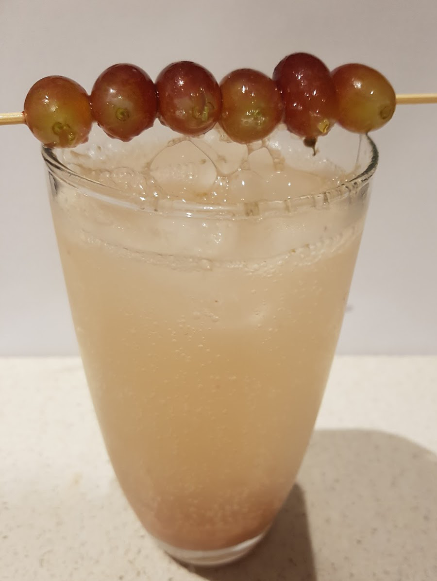 Red grape mocktail